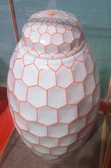 ORANGE RESILLE porcelain . Fabienne Jouvin